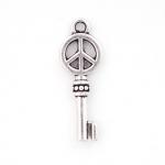 300933 Подвеска двухстронняя Ключ, античное серебро